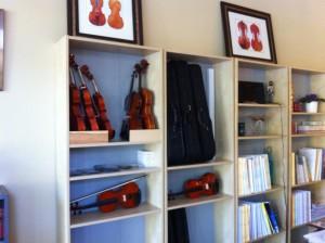 Music_Corner_violins